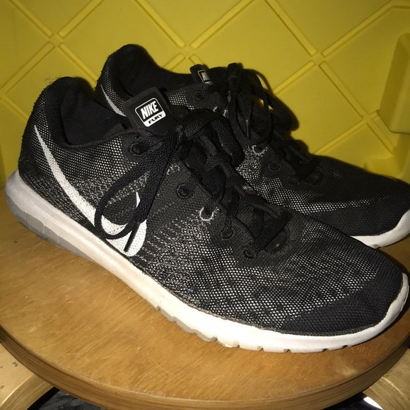 hot sale online 45d9e a94f8 Flex Poshmark Nike Nike Shoes Shoes Shoes Fury Nike Fury Flex Fury Poshmark  Flex AUd7qwU
